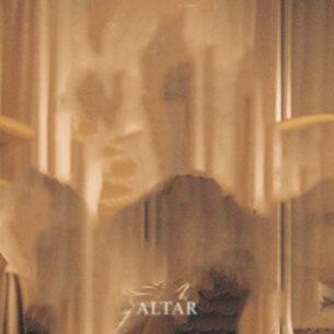 Kehlani Altar